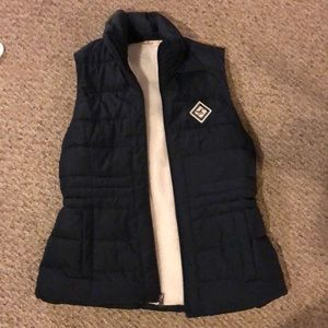 Hollister vest new without tags !!!